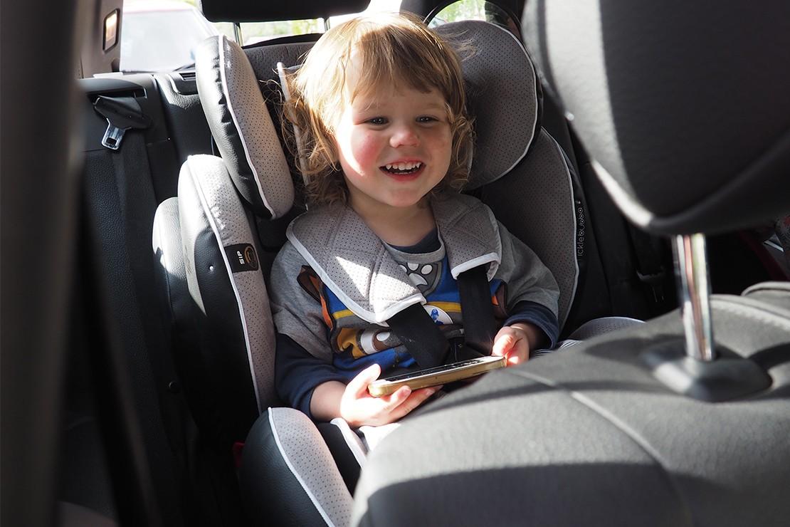 ickle-bubba-solar-1-2-3-car-seat_e