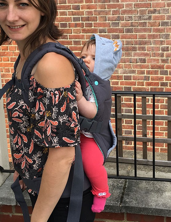 infantino-cuddle-up-carrier_182255