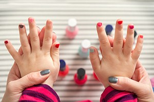 is-it-ever-ok-for-someone-else-to-paint-your-toddlers-nails_148177