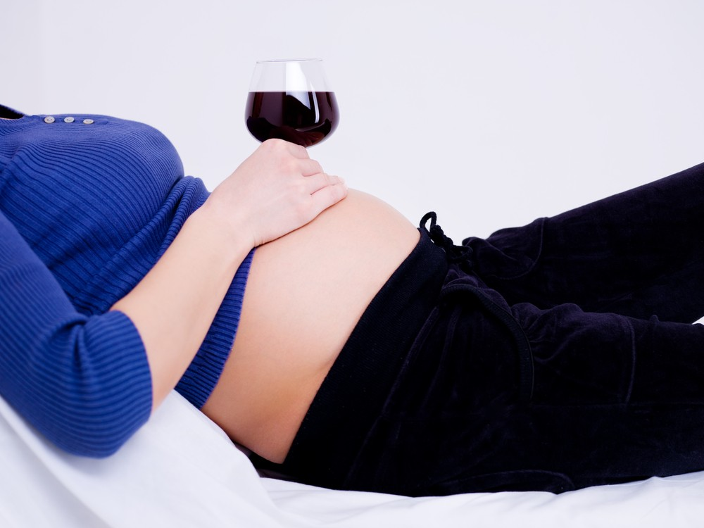 is-it-safe-to-drink-alcohol-in-pregnancy-latest-guidelines_52350