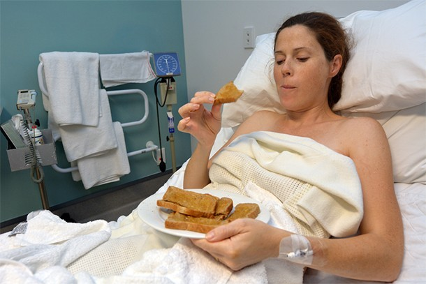 is-it-safe-to-eat-during-labour_135793
