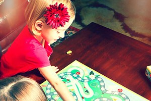 is-it-time-to-stop-letting-my-daughter-win-at-games_161886