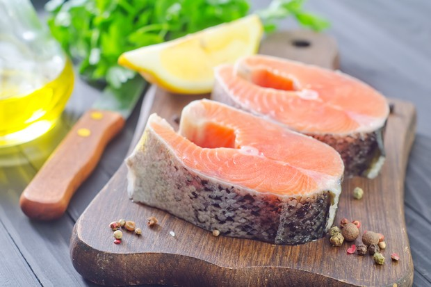 is-oily-fish-safe-to-eat-during-pregnancy_53647