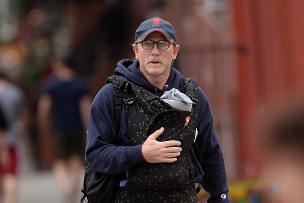 is-wearing-a-baby-carrier-really-emasculating-for-dads_211947