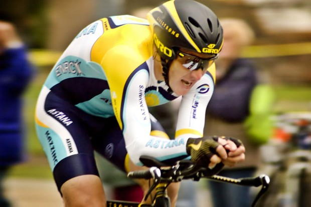its-a-boy-for-lance-armstrong_4903