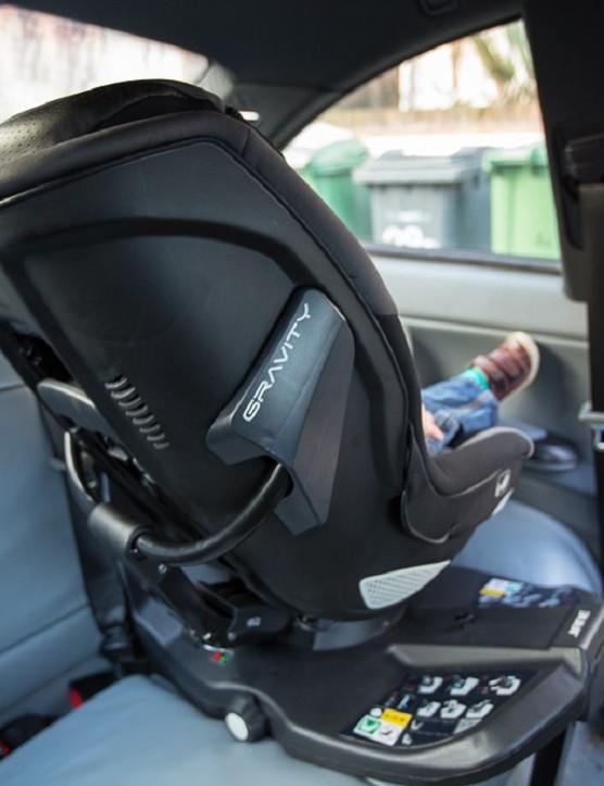 jané-gravity-i-size-car-seat_172005