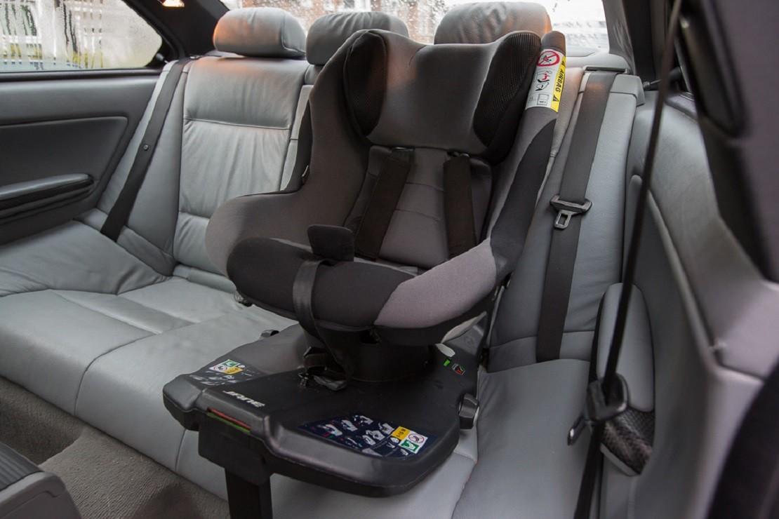 jane-gravity-i-size-car-seat_gravity10