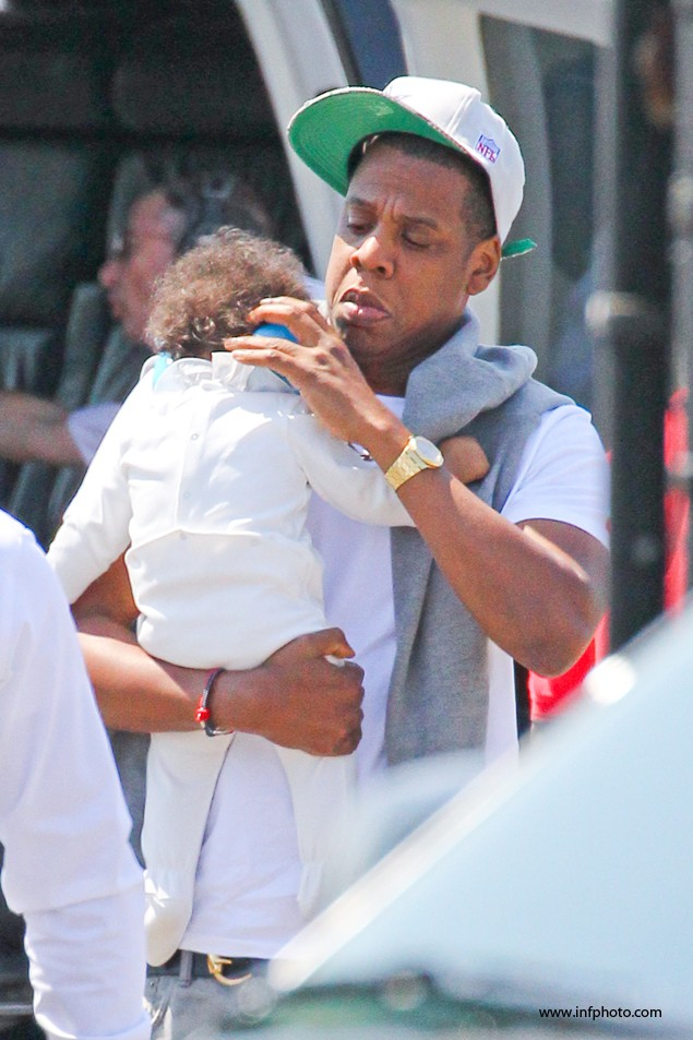 jay-z-shows-off-his-daddy-cool-credentials_40587