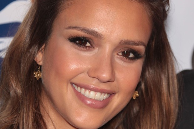 jessica-alba-bans-hubby-from-cooking-fatty-foods_26514