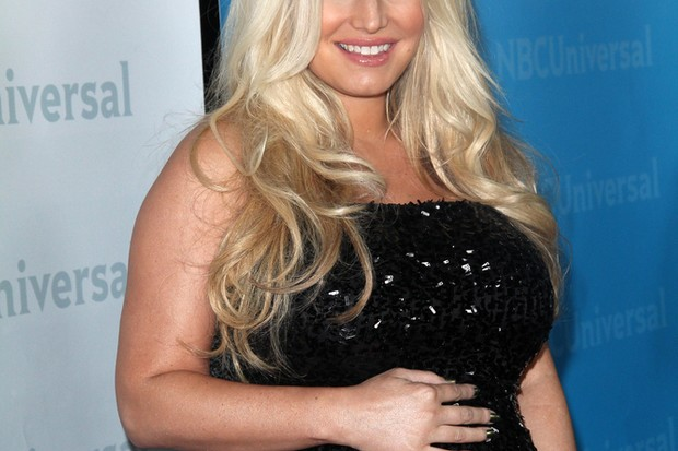 jessica-simpson-gives-birth_35145