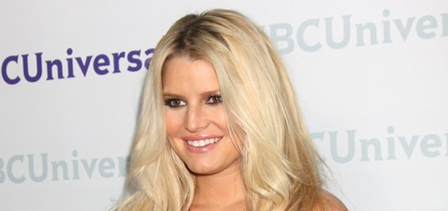 jessica-simpson-put-off-natural-birth-by-sister-ashlee_32481