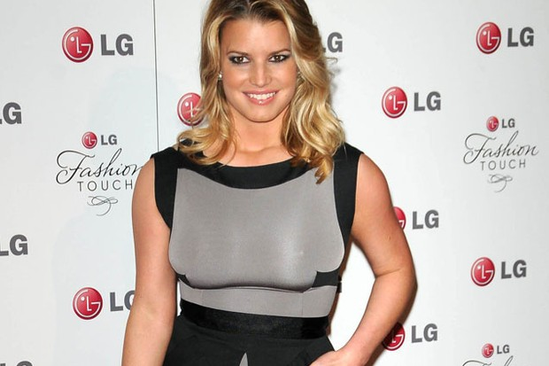 jessica-simpson-set-to-launch-maternity-fashion-range_37622
