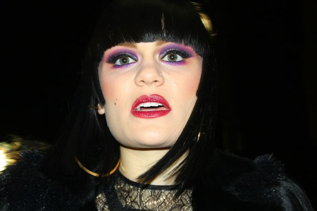 jessie-j-denies-pregnancy-rumours_22155
