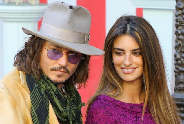 johnny-depp-wants-a-baby-thanks-to-penelope-cruz_21344
