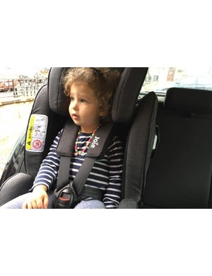 joie-stages-isofix-car-seat_180677