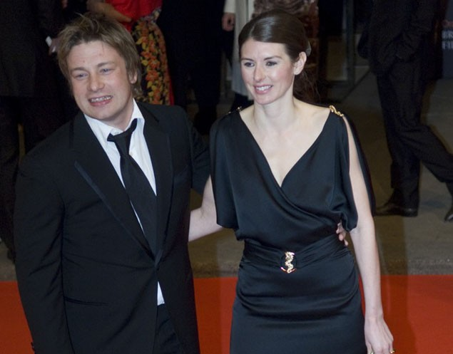 jools-oliver-only-ever-wanted-to-be-a-mum-_13366