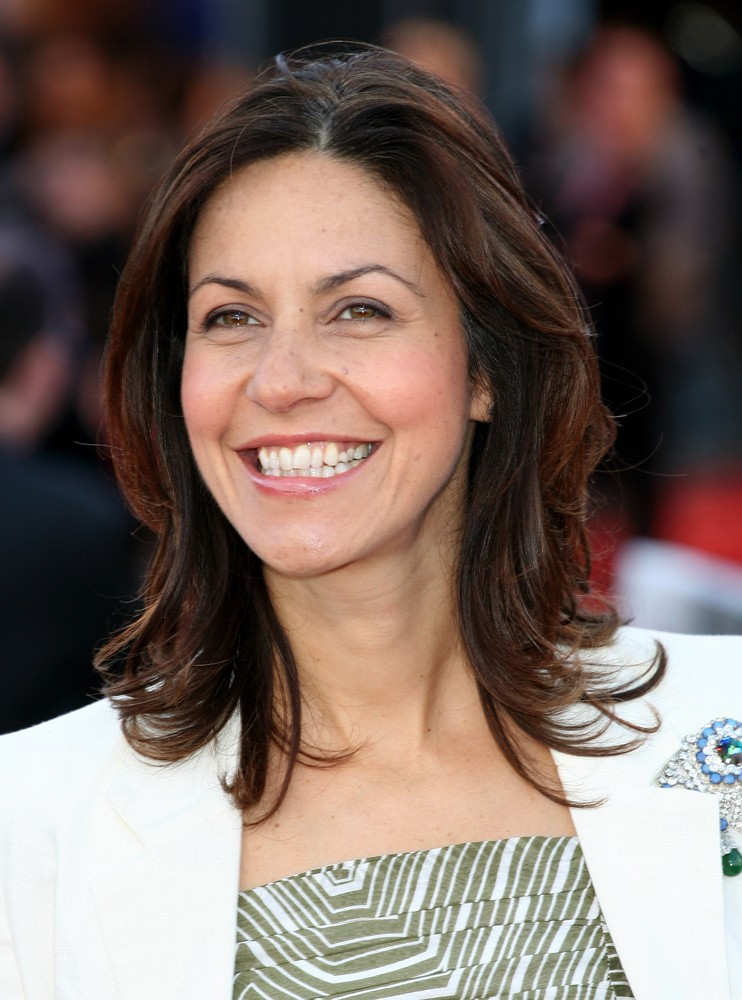 julia-bradbury-dont-leave-it-too-late-to-have-babies_50981
