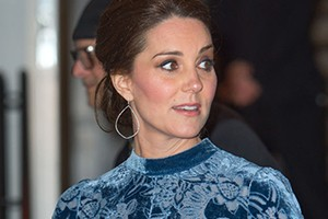kate-middleton-6-month-bump-style_191611