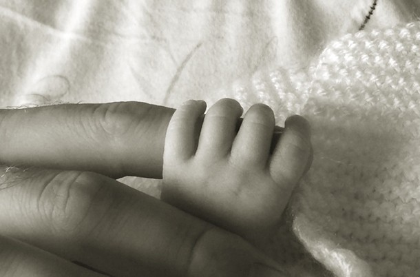 katie-price-shares-first-photo-of-her-newborn-baby_59243