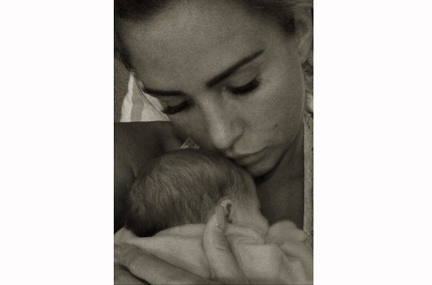 katie-price-shares-first-pics-of-baby-bunny-at-home_61380