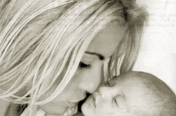 katie-price-shares-picture-of-her-sleeping-beauty-baby_60129
