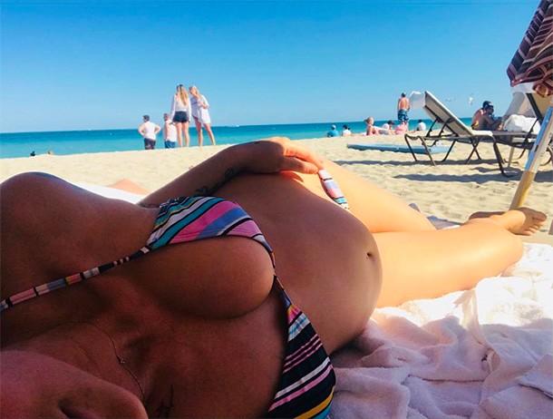 katie waissel bikini bump