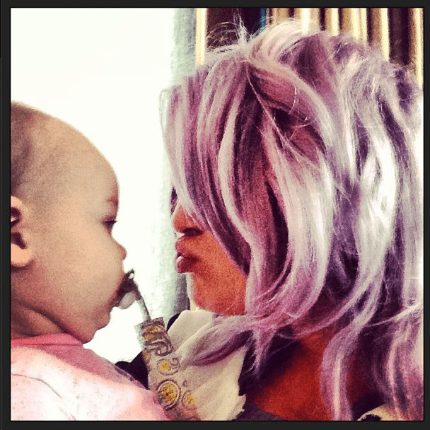 kelly-osbourne-shares-a-picture-of-her-niece-pearl_48860
