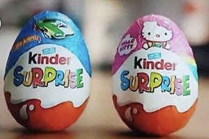 kinder-egg-blue-pink-sexism-row_186131