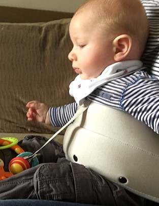 lapbaby-hands-free-seating-aid_159690