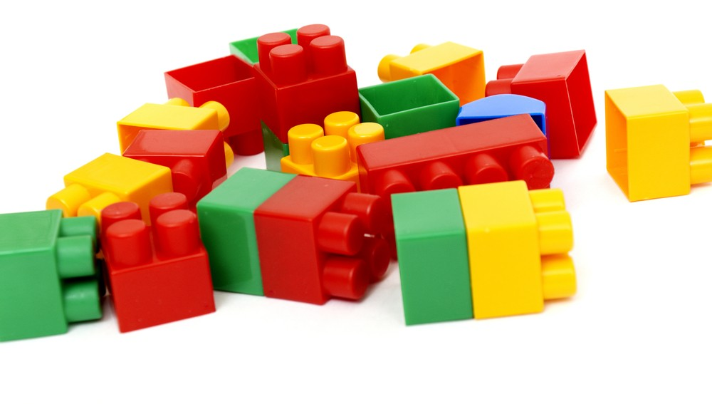 lego-is-top-hand-me-down-toy_17713