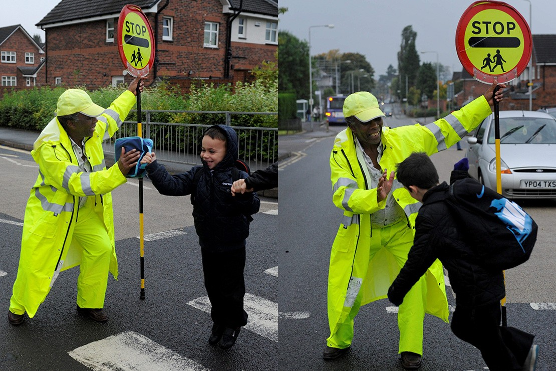 lollipop-man-banned-from-high-fiving-children_84756