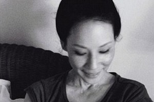 lucy-liu-finally-reveals-her-gorgeous-sons-face_134753