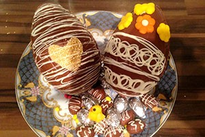 make-your-own-chocolate-easter-eggs_85661