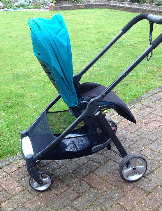 mamas-and-papas-armadillo-flip-pushchair-review_62355