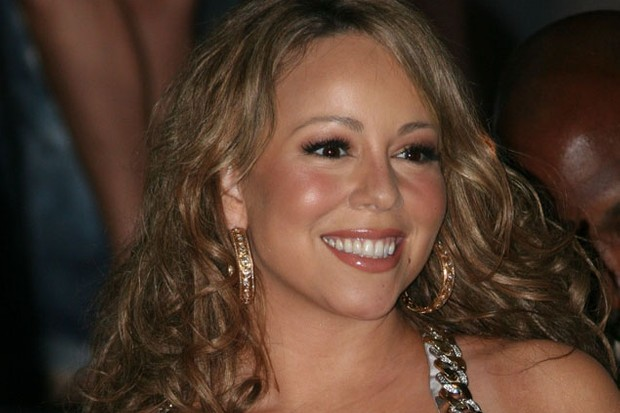 mariah-carey-gets-a-dog-psychologist-to-prepare-pets-for-her-twins_19872
