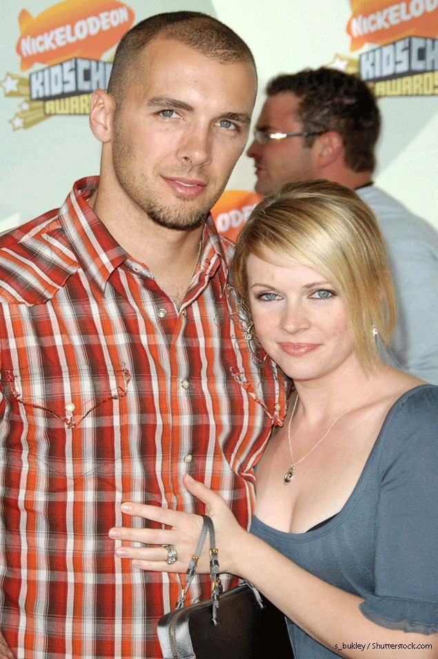 melissa-joan-hart-introduces-her-newborn-son-tucker_73261