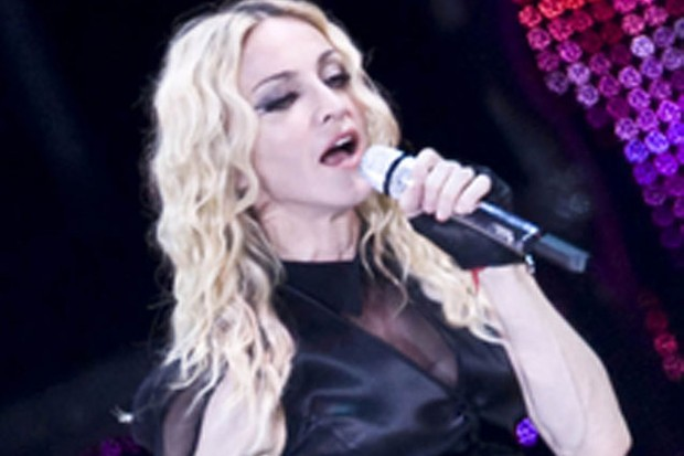 mercy-and-madonna-in-paris_5298