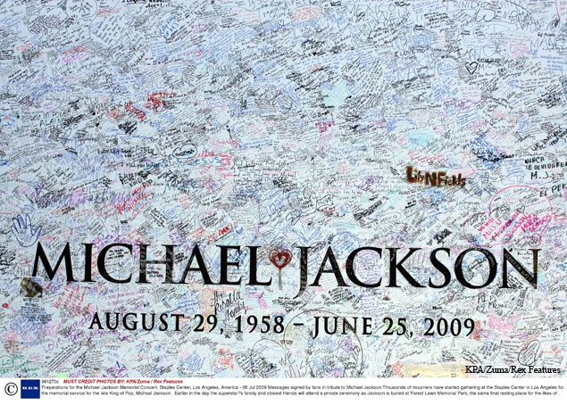 michael-jacksons-children-prepare-to-say-goodbye_5270