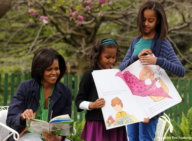 michelle-obama-out-with-her-daughters-in-london_4935
