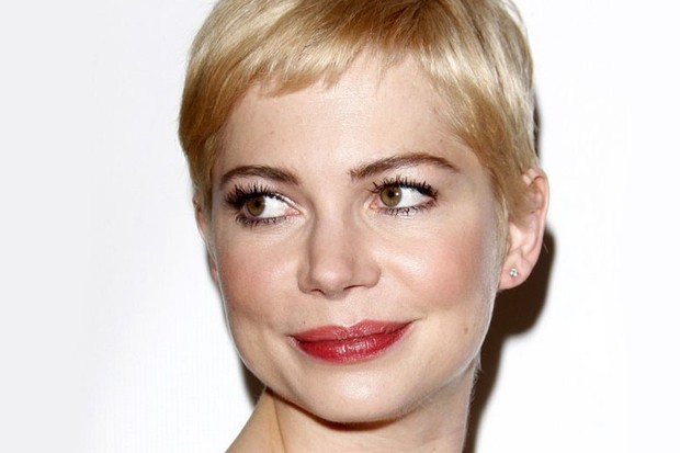 michelle-williams-struggling-between-heath-ledger-and-daughter-matildas-hair-wishes_30011