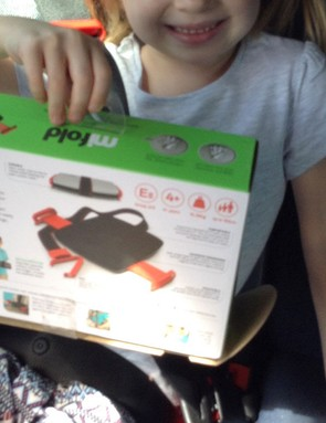 mifold-grab-and-go-booster-seat_180929