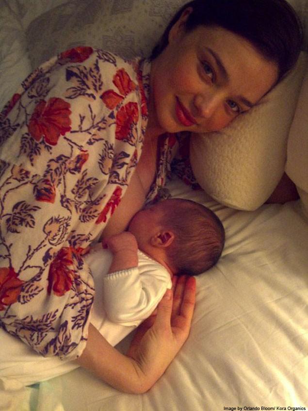 miranda-kerr-shows-off-her-newborn-son-flynn_18707