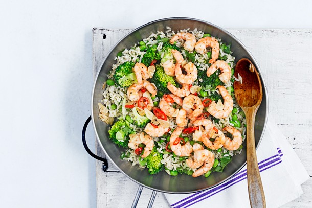 miso-brown-rice-and-broccoli-salad-with-fiery-prawns_143214