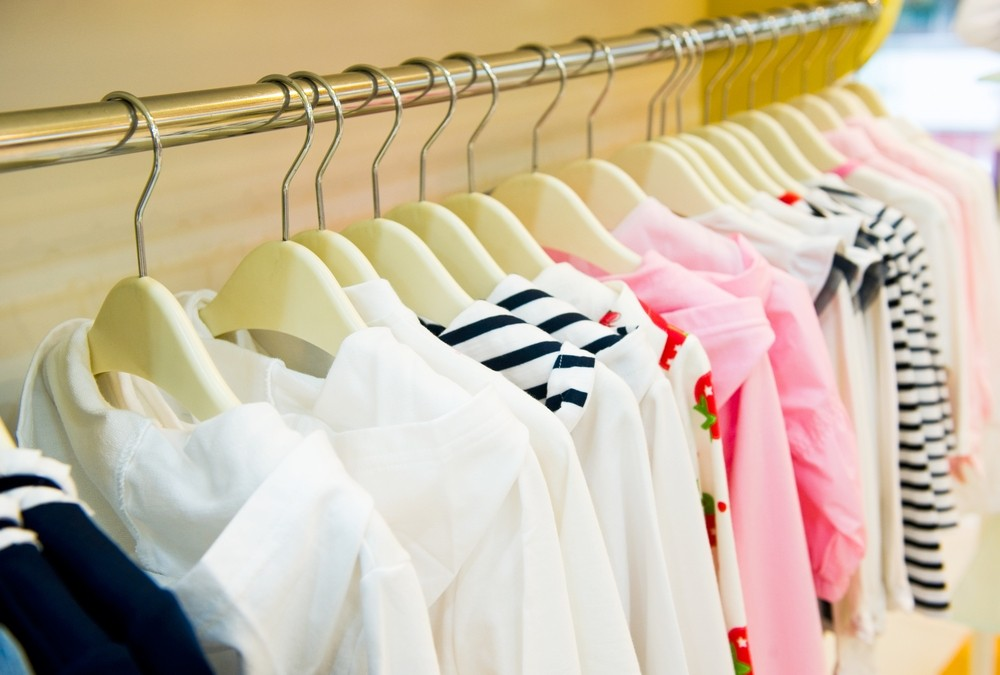 more-than-150-clothes-in-childrens-wardrobes_23558