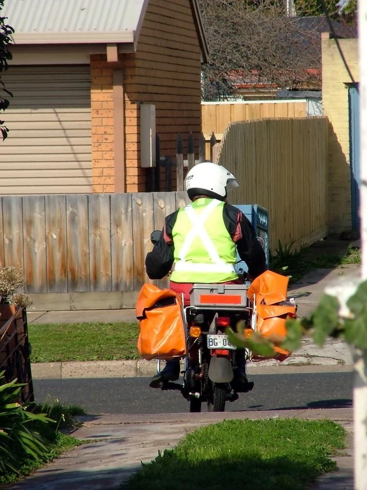 motorbike-sperm-banks-on-the-way_18665