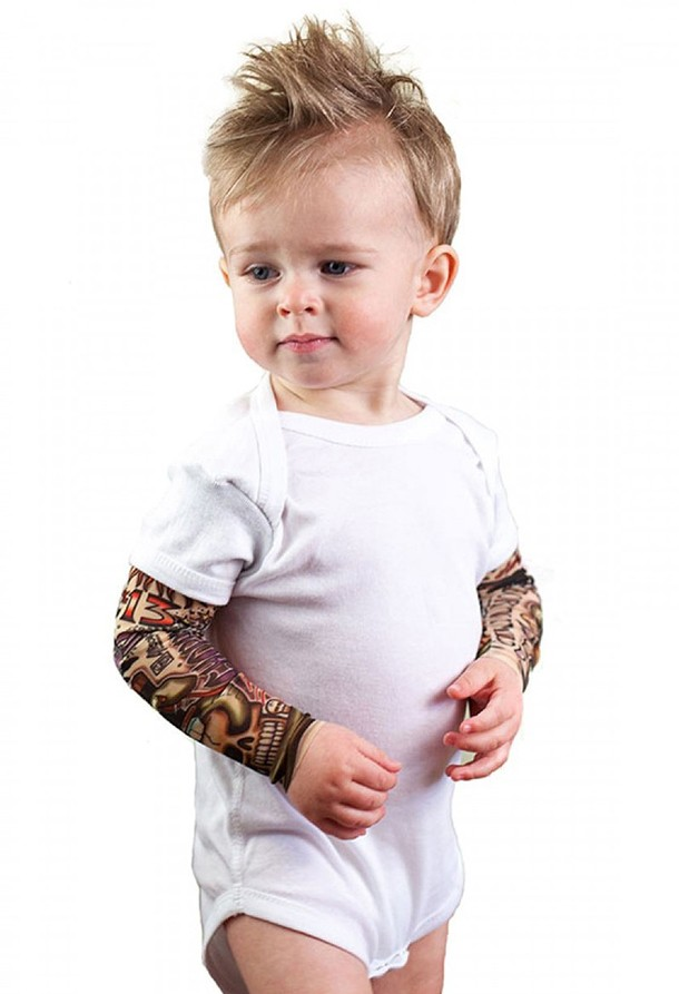 mum-makes-fake-tattoo-sleeves-for-rock-babies_146348