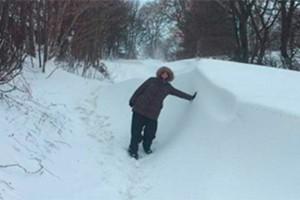 mum-snow-delivers-baby_193586