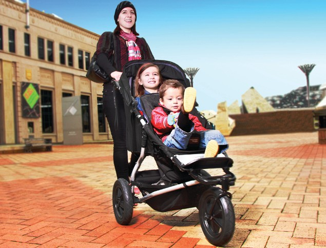 new-convertible-double-pushchair-on-the-way-from-cult-buggy-brand_22673