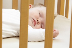new-warning-over-bed-sharing-and-cot-death_56772