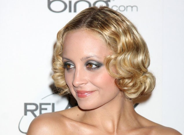 nicole-richie-denies-pregnancy-rumours_20624